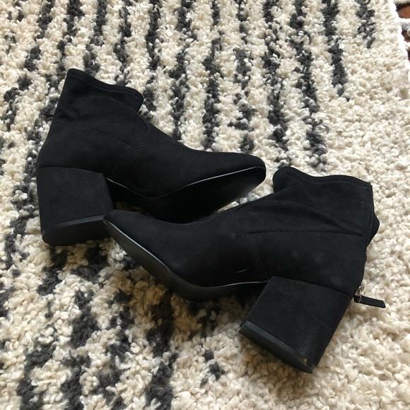 Steve Madden Shoes   Nwot Indi Boots